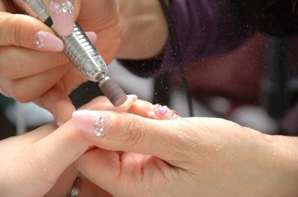 Corsi ricostruzione unghie scuola estetica bsa for Unghie gel decorazioni semplici